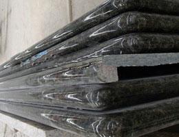 verde ubatuba verde ubatuba granit verde ubatuba arbeitsplatte. Black Bedroom Furniture Sets. Home Design Ideas