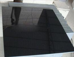 Piastrelle nere lucide transappenninica