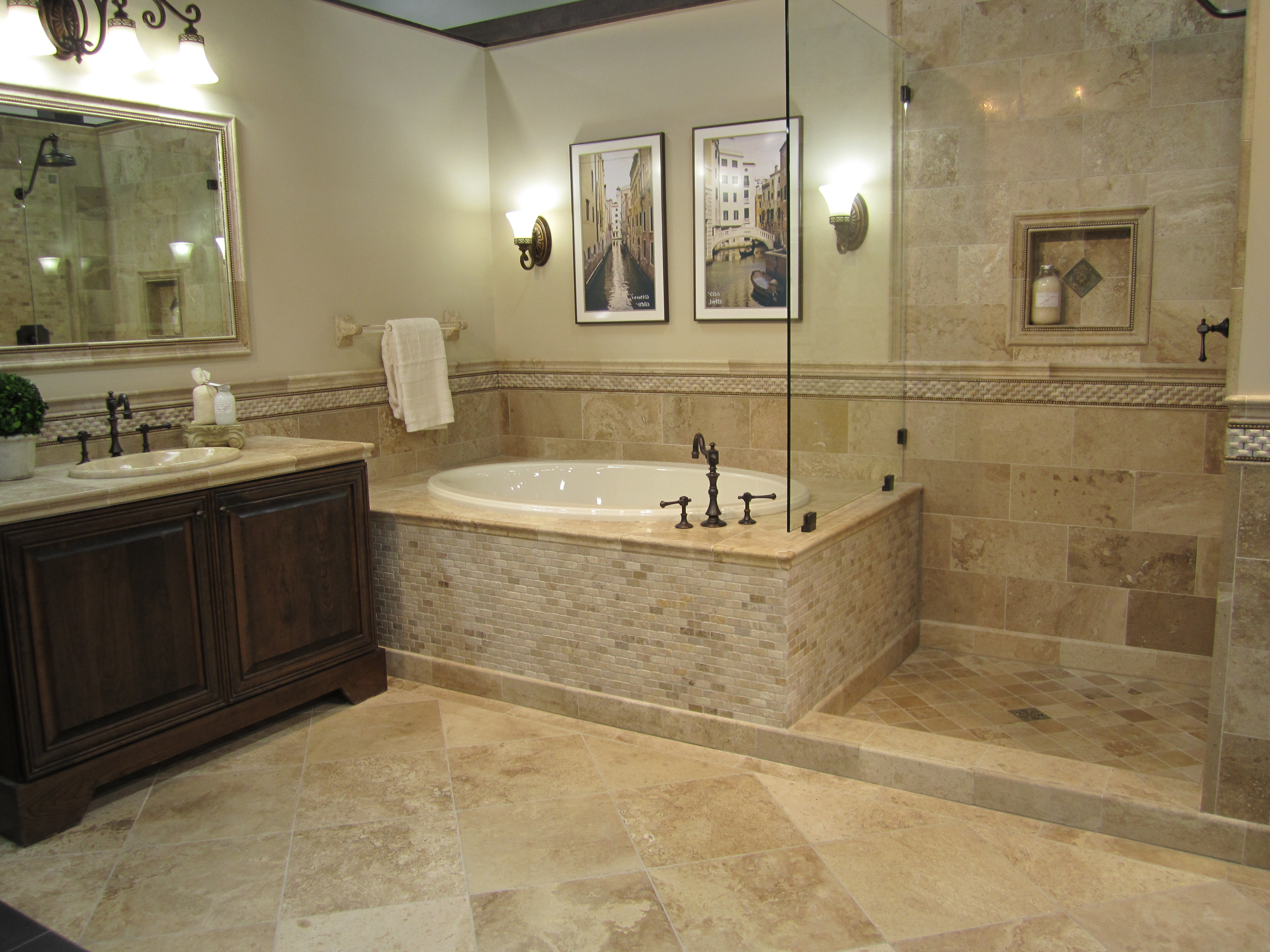 Disadvantages and Advantages of Travertine. Advantages of Travertine Tile